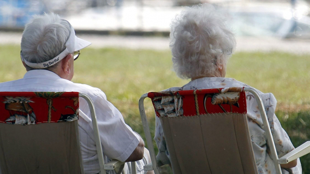 retraite personnes-agees-senior_4078380